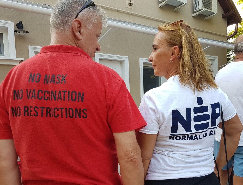Új szereplő a politikai pártok mellett a Normális Élet