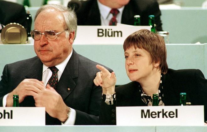 Nógrádi kegyetlenül őszinte szavai Európa és a világ vezető politikusairól. LÁSS TISZTÁN!