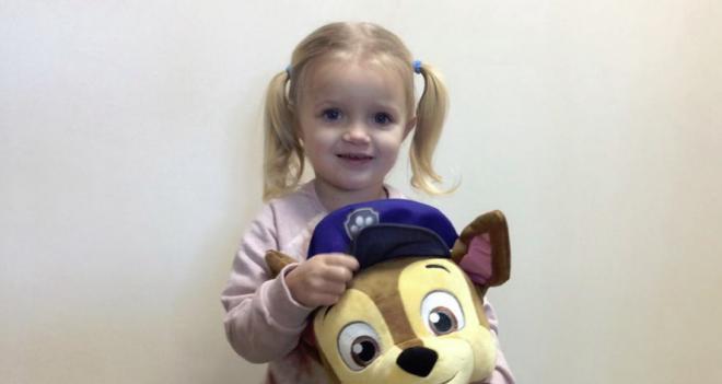Hihetetlen, de a 3 éves kislány megmentette az anyukája életét!