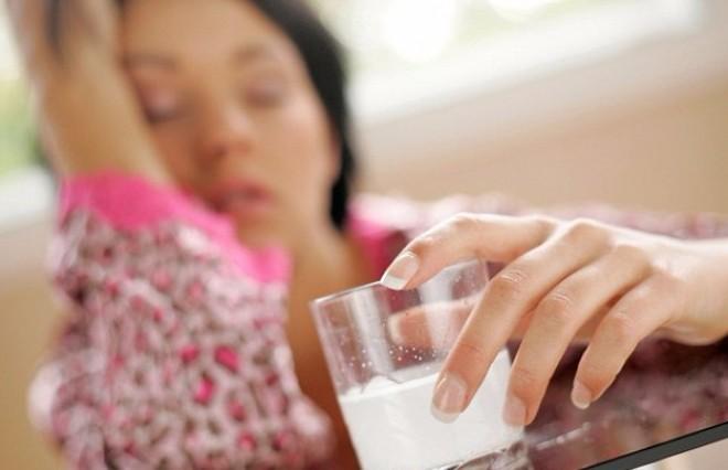 Miért igyon a várandós anya egy pohár tömény cukros vizet?!