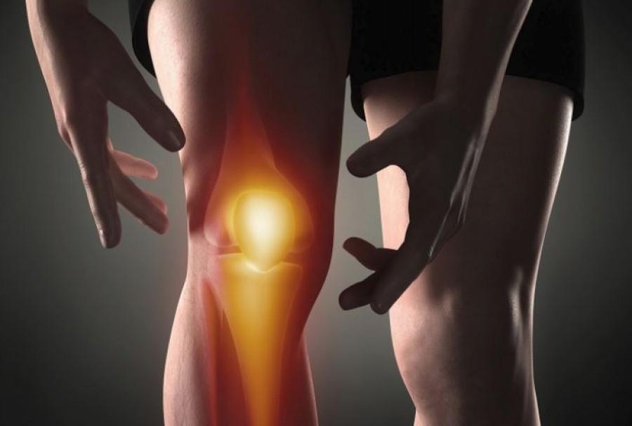 Sokakat érint: mikor van szükség térdprotézisre, és mivel jár a műtét
