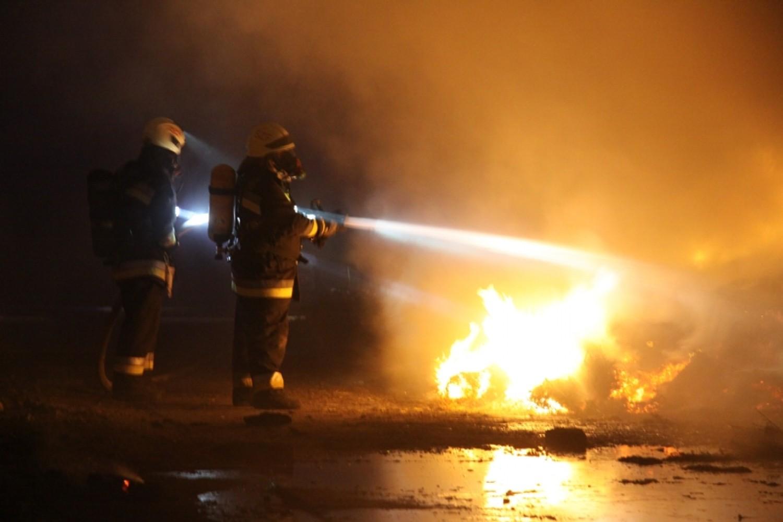 FRISS hír: Három ház is lángokban áll Óbudán