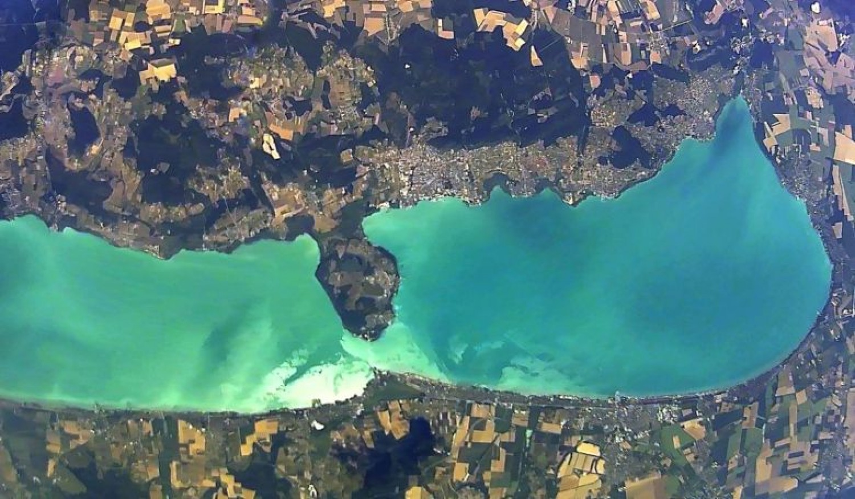 Igazi különlegesség: felvételeken a megbillent Balaton