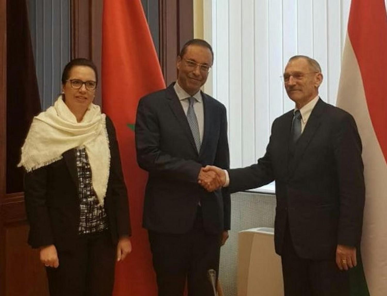 A magyar belügyminiszter szerdán találkozott a marokkói miniszterrel, akiről kiderült, hogy koronavírus fertőzött