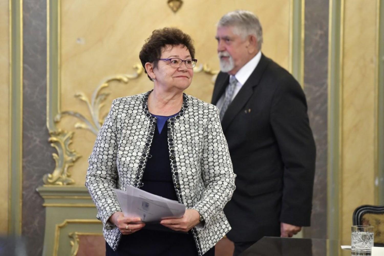 Müller Cecília országos ellenőrzést rendelt el
