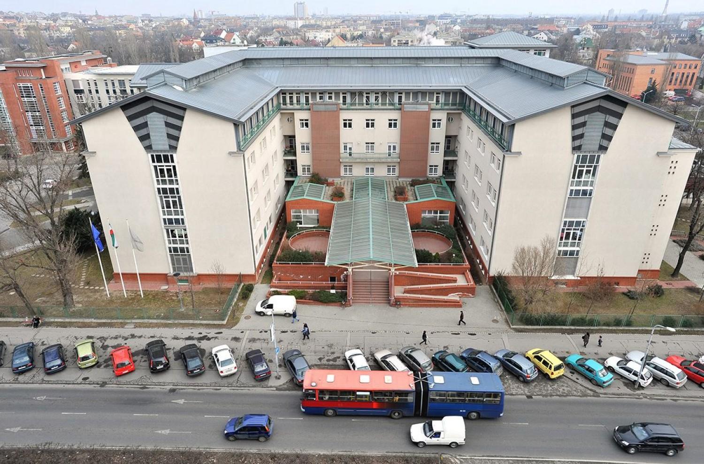 Berobbant a járvány a budapesti Szent Imre Kórházban?