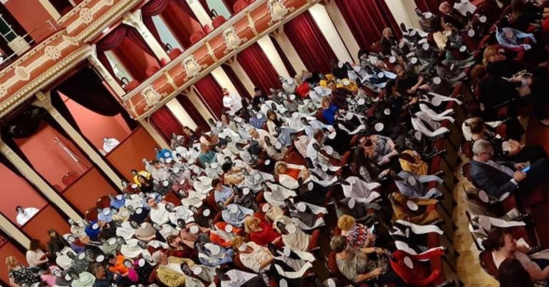 Megdöbbentő óvintézkedés a kaposvári színházban!