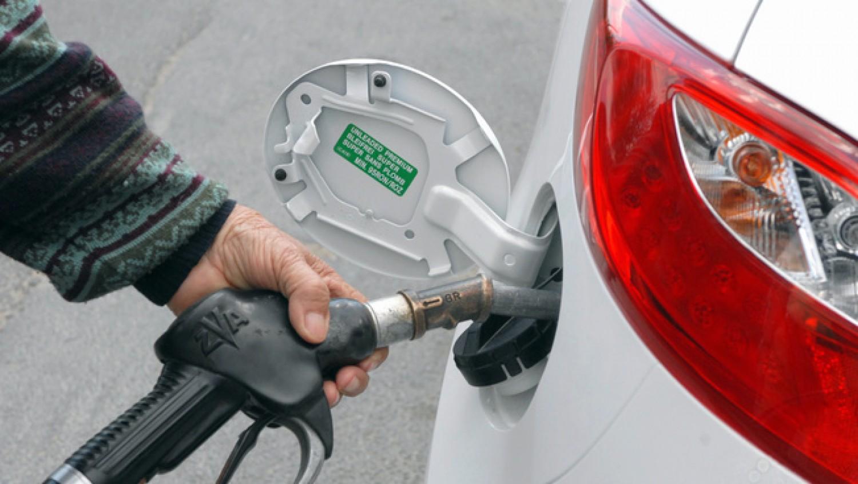 Túl olcsó a benzin, ezért emelik a jövedéki adót - vagyis ismét drágul a benzin