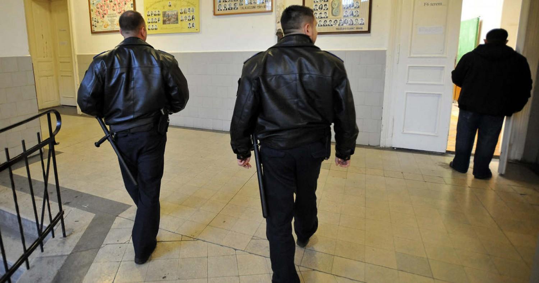 491 helyszínen kezdhetik meg munkájukat az iskolaőrök az új tanévben