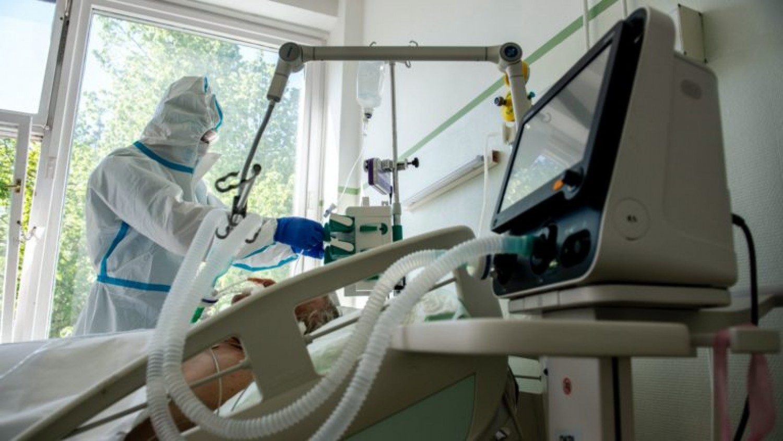 Miért hal meg ennyi lélegeztetőgépre került ember?